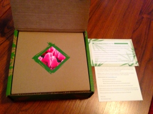 A box within a box! (both recyclable!) Loved the pretty rose in-set.